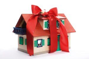 Основные плюсы и минусы дарственной на квартиру